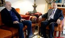 الأنباء:الحريري لعب دورا ملموسا بتضييق المسافة الفاصلة بين عون وجنبلاط