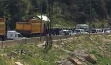 إستقدام عناصر من القوى الضاربة الى مكان اعتصام الشاحنات في ضهر البيدر