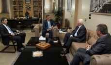 ابراهيم يلتقي عضو اللجنة المركزية في حركة فتح ورئيس مكتب حركة حماس