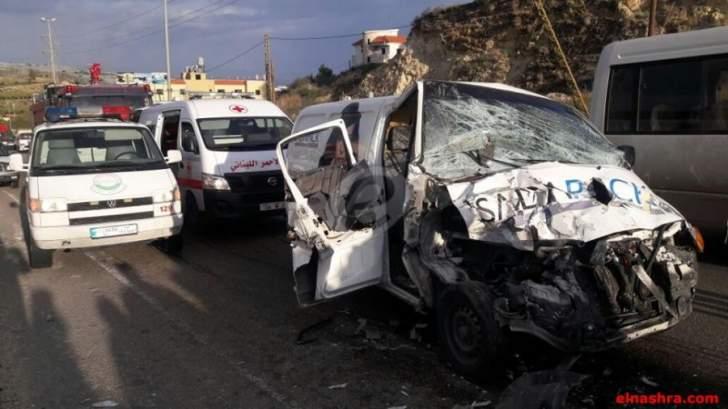 النشرة: مقتل عسكري وجرح ضابط ومرافقه بحادث سير على أوتوستراد المصليح