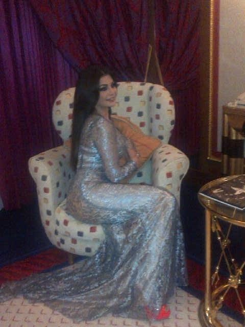 """بالصور هيفا وهبي السجادة الحمراء تستلم""""المرأة الأكثر تأثيراً محيطها"""" 1360253595_haifa_weh"""