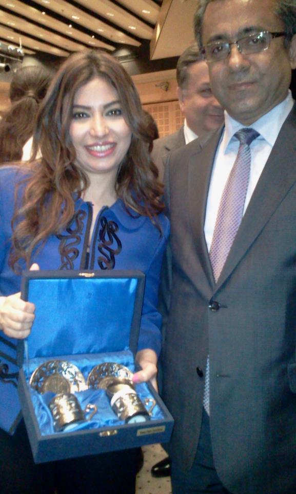 بالصور السفير التركي يكرّم غادة