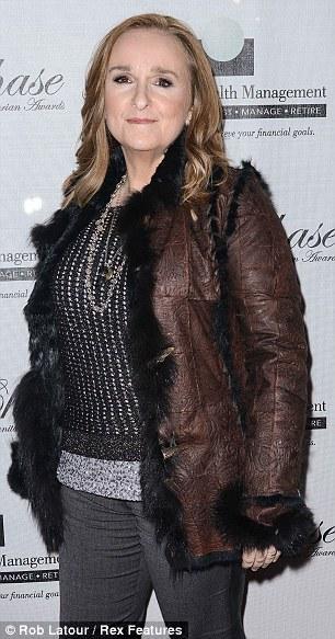 مغنية روك: استئصال انجلينا جولي لثدييها وليس شجاعة 1371647871_article-2