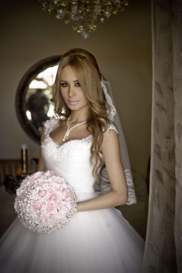 بالصور: زفاف اسطوري للفنان رامي 1377506083__DSC0935_