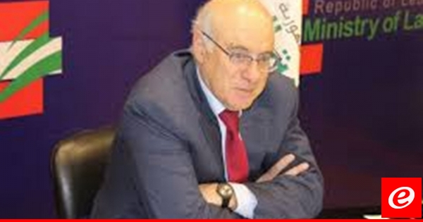 أبو سليمان: أعطيت تعليمات لتسريع إعطاء إجازات العمل للفلسطينيين
