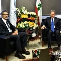 اجتماع بين وزير المال ونائب مدير المكتب التنفيذي للدول العربية في صندوق النقد- محمد سلمان