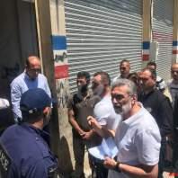فريق من وزارة الاقتصاد داهم محلات يستثمرها سوريون بزحلة