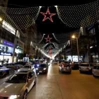 زينة الميلاد في بعض المناطق في العاصمة بيروت-محمد سلمان