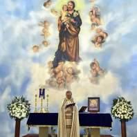 قداس رتبة الغسل في كنيسة مار يوسف حار حريك - محمد سلمان