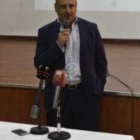 جولة لبو عاصي مع مسؤول بالبنك الدولي على مركز الشؤون الاجتماعية ببرج حمود-محمد سلمان