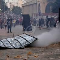 مواجهات بين عدد من المحتجين والقوى الامنية - سلمان