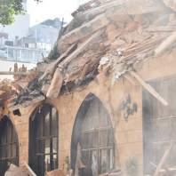 انهيار مبنى قديم في الاشرفية