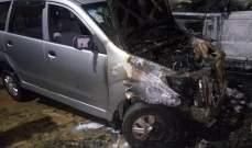 حريق داخل سيارتين و دراجة نارية رباعية الدفع في عبيه