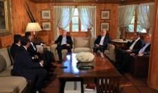 لقاء بين فرنجية ووفد كتائبي في بنشعي بحث في التطورات الراهنة