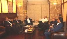 النخالة يلتقي عدداً من قادة الفصائل الفلسطينية في بيروت