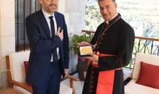 الراعي عرض مع النائب الفرنسي رويار لحاجة لبنان الى حكومة طوارئ