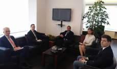عطاالله عرض مع وزير هنغاري لسبل التعاون لتوفير فرص عمل للمهجرين وتأمين عودتهم