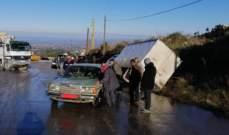 إنزلاق سيارات وشاحنات على طريق الضنية الهرمل بسبب الجليد