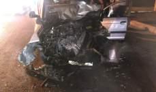 النشرة: جريح في حادث سير مروع بين ثلاث سيارات على طريق مجدليون