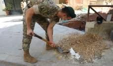 الجيش: توزيع مساعدات على المواطنين وإزالة الركام من الشوارع المتضرّرة