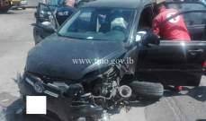 جريح نتيجة تصادم بين مركبتين على اوتوستراد الصفرا باتجاه جونية