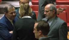 حديث نادر بين سفيرة الولايات المتحدة لدى الأمم المتحدة ومبعوث إيران