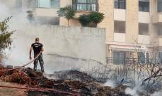 عناصر اطفاء صيدا اخمدوا حريقا بين مبان سكنية بحارة صيدا