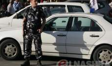 سائقون يعتصمون على طريق العبدة العبودية رفضا لعمل السائقين السوريين