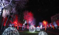 مؤسسة جوزف طعمة سكاف أضاءت زينة زحلة الميلادية