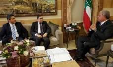 المشنوق عرض مع محافظي البقاع وجبل لبنان المهام الموكلة إليهما