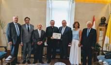 ابي نصر زار السفير البابوي على رأس وفد من الرابطة المارونية
