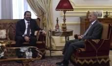 الجمهورية: الحريري التقى بري أمس الأول وناقش معه سلة من المقترحات