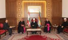 حسن استقبل السفير الباباوي مودعا والعريضي