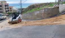 النشرة: تسرب مادة المازوت على طريق الشرحبيل في بقسطا يتسبب بحادثي سير