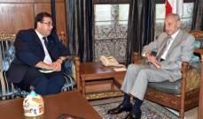 بري عرض التطورات مع السفير الفرنسي والتقى البير منصور