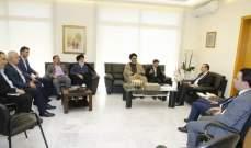 مرتضى التقى وفدي نقابة مصدري ومستوردي الفاكهة والجامعة اللبنانية الأميركية