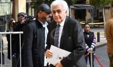 وزير الخارجية يلتقي في هذه الأثناء السفير السوري