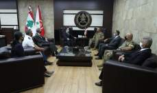 قائد الجيش عرض مع شينكر للأوضاع الراهنة والتقى أهالي العسكريين الذين استشهدوا جراء انفجار المرفأ