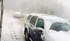 إجلاء عدد من السيارات احتجزتها الثلوج في عكار وتحذير من تكون الجليد