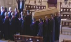 نقل جثمان البطريرك صفير من كنيسة سيدة الانتقال الى الباحة الخارجية في بكركي