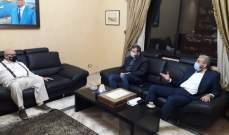 وفد من حزب الله إلتقى السعودي في صيدا وتباحث بالوضعين الصحي والإجتماعي
