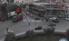 تعطل شاحنة محلة مستديرة المكلس عند مخرج الدكوانة