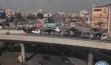 تصادم بين سيارتين على محول نهر الموت باتجاه بولفار سن الفيل