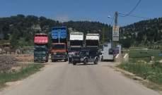 اعتصام لسائقي الشاحنات على طريق فنيدق الهرمل