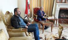 أنور الخليل: مواقف رئيس الحكومة حسان دياب أشبه بالقنبلة الدخانية