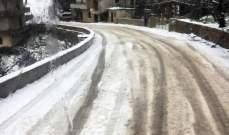 الدفاع المدني: تسهيل حركة المرور في حردين وعلى طريق عام السفيرة التي غمرتها الثلوج