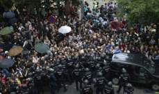 الشرطة الإسبانية تطلق رصاص مطاطي على متظاهري انفصال كاتالونيا
