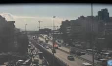 تعطل سيارة على جسر الكولا باتجاه نفق سليم سلام