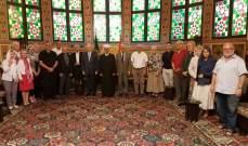 دريان التقى وفداً منبثقا عن مجلس الأساقفة الكاثوليك بفرنسا