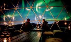 مخيم دافئ يتيح رؤية الأضواء الشمالية في آيسلندا